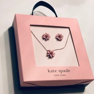 New🌸Kate Spade Ny Flower Earrings&Necklace Set